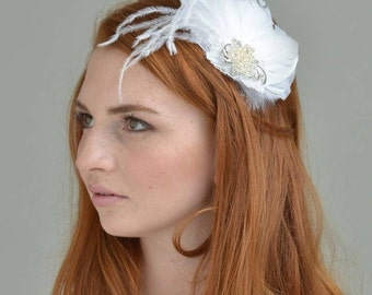 Sample Sale, White bridal hair Fascinator, ostrich feathers,silver hair clip, Fascinator, Ready To Ship