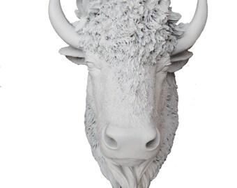 White Bison Head Mount Wall Statue. Faux Taxidermy Fake American Bison Head. Fake Buffalo Head.