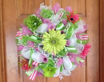 Pink and Green with Daisies Deco Mesh Wreath_fun summer deco mesh wreath_deco mesh wreath_Mesh Wreath_Mesh Door Wreath