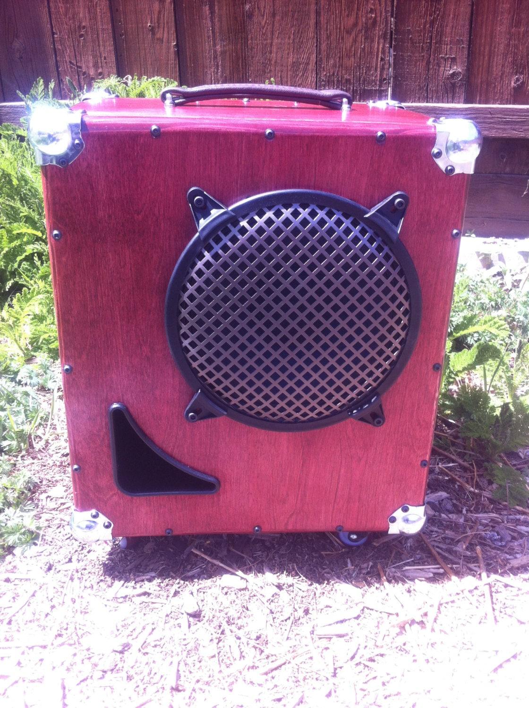 bass guitar speaker cabinet 1x10 ported vent. Black Bedroom Furniture Sets. Home Design Ideas