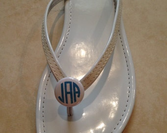 Circle monogram (three initials)  flip flop buttons / pony tail holders.  Personalized.  Custom.