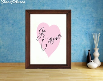 Love heart picture. Wall art decor. Printable art. I love you in French on a heart background.