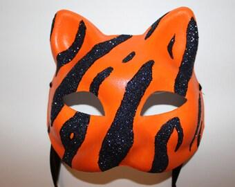 Tiger mask with black glitter stripes