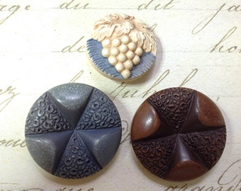 3 Large Buff Buttons 22 mm 28 mm