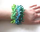 Glass coral polyp stackable bracelet - Handmade Flamework Glass