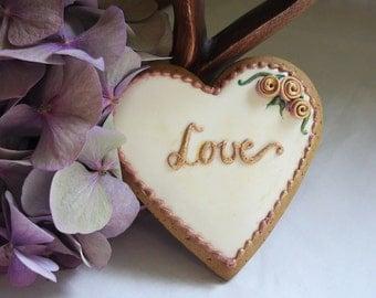 """Heart Biscuit """"Love"""" In Cream"""