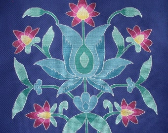 KL19 Persian Flower 1 Cross Stitch Kit