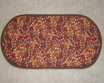 Winter Holiday Christmas Gingerbread Man Placemat Table Runner Centerpiece 12 3/4 x 24