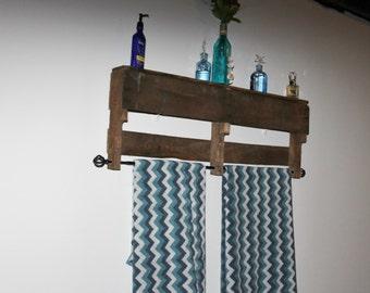 popular items for pallet towel rack on etsy. Black Bedroom Furniture Sets. Home Design Ideas