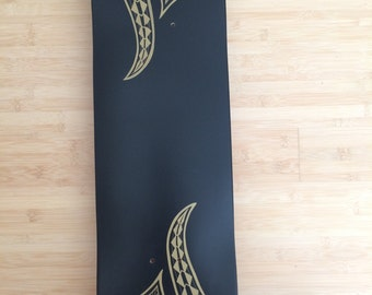 Hawaiian Tribal Skateboard