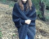 Crochet Shrug in Grey and Black