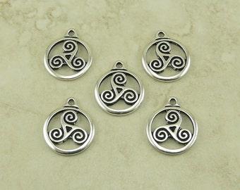 5 TierraCast Open Celtic Triskele Round Charms > Swirl Irish Ireland - Fine Silver Plated Lead Free Pewter - I ship Internationally 2391