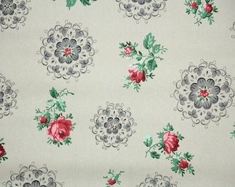 1930s Vintage Wallpaper by the Yard - Vintage Floral Kraft Paper with Red Roses and Doilies
