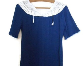 1970's Nautical Style Crepe Blouse Navy and White