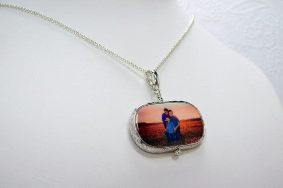 Sterling Silver Framed Photo Pendant - Large with Rounded Corners - FP1FRfN