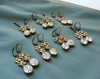 Bridesmaid jewelry, Bridesmaid gift, Vintage rhinestone earrings, clear oval rhinestone earrings vintage filigree bridesmaid earrings