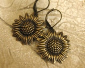 Sunflower Earrings LOOK on the BRIGHT SIDE summer fashion summer earrings summer jewelry autumn fall accessories vintage brass handmade