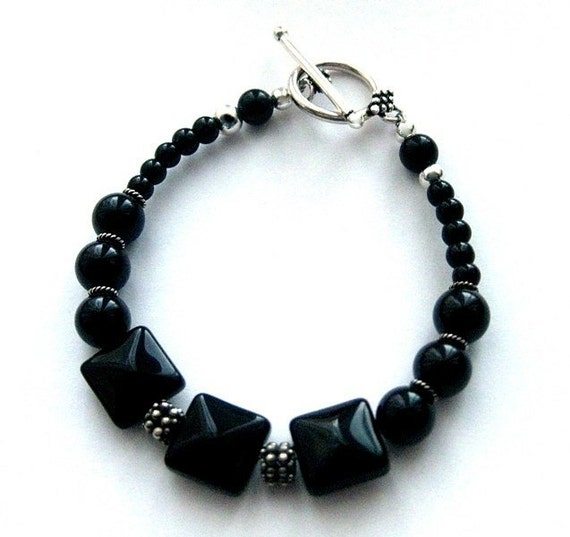 Black Onyx Bracelet, Sterling Silver. Medium. 7.5 inches. Midnight in Dublin
