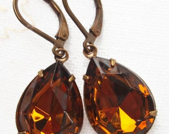 Dangle Earrings Amber Topaz Vintage Rhinestone November Birthstone Estate Style Victorian CAMBRIDGE Amber