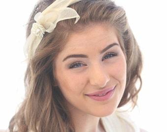Wedding Headband with a Vintage Petal Bow and Pearls, Wedding Hair, Vintage Inspired Wedding, Bridal Headpiece, Wedding Headband