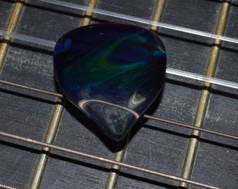 Exquisite Guitar Pick Blue Moon Ether - Handmade Glass