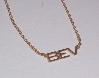 "Vintage  Name  Necklace with ""Bev"""