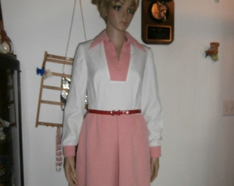 Womens Dress - Red + White Mod Dress  ~Peter Pan Collar ~ Long Sleeves ~ With  Belt