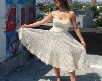 Vintage 1950s Lace Prom Dress White and Yellow Tea Length Wedding Dress S/M
