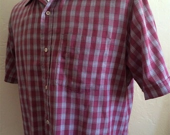 Vintage Men's 80's Shirt, Short Sleeve, Burgundy, Plaid, Button Up (L)