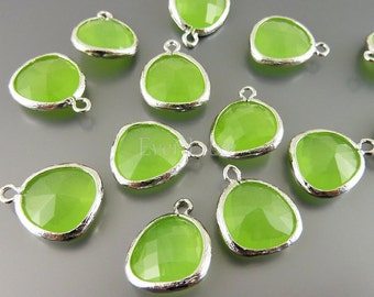 2 peridot opal unique glass charms for jewelry making / glass beads earrings necklaces 5031R-PEO (bright silver, peridot opal, 2 pieces)