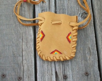 Beaded Leather Pouch , Beaded medicine bag , Drawstring leather pouch