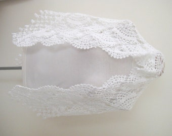 Bridal shawl White wedding shawl stole warm Sea shell capelet Gift for her Ready for shipping Crochet shawl