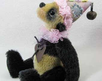 Pandinello - pattern by Monica Spicer - FREE SHIPPING