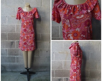 1970s Stretch Lace Floral Dress with Ruffled Neckline, Size Large,  #44528
