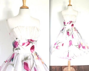SALE Vintage 1950's Dress // 50s Strapless Floral Prom Coctktail Party Chiffon Dress // Hand Painted Spring Flowers