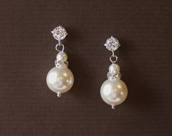 Pearl Bridal Earrings, Pearl Bridal Jewelry, Classic Bridal Earrings,  Pearl Earrings, Bridesmaid Gift,  Birthday Gift LARA