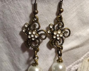 Flower and Pearl Dangle Earrings