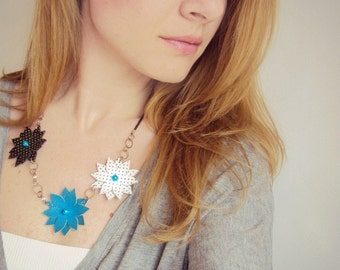 Leather Flowers Necklace, Leather with Pearls,Turquoise Blue, Black White, Leather Jewelry, Statement Necklace, Perforated Leather
