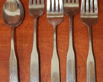 F B ROGERS Korea fiddle pattern vintage silverware stainless flatware Colonial Country  BIN 27