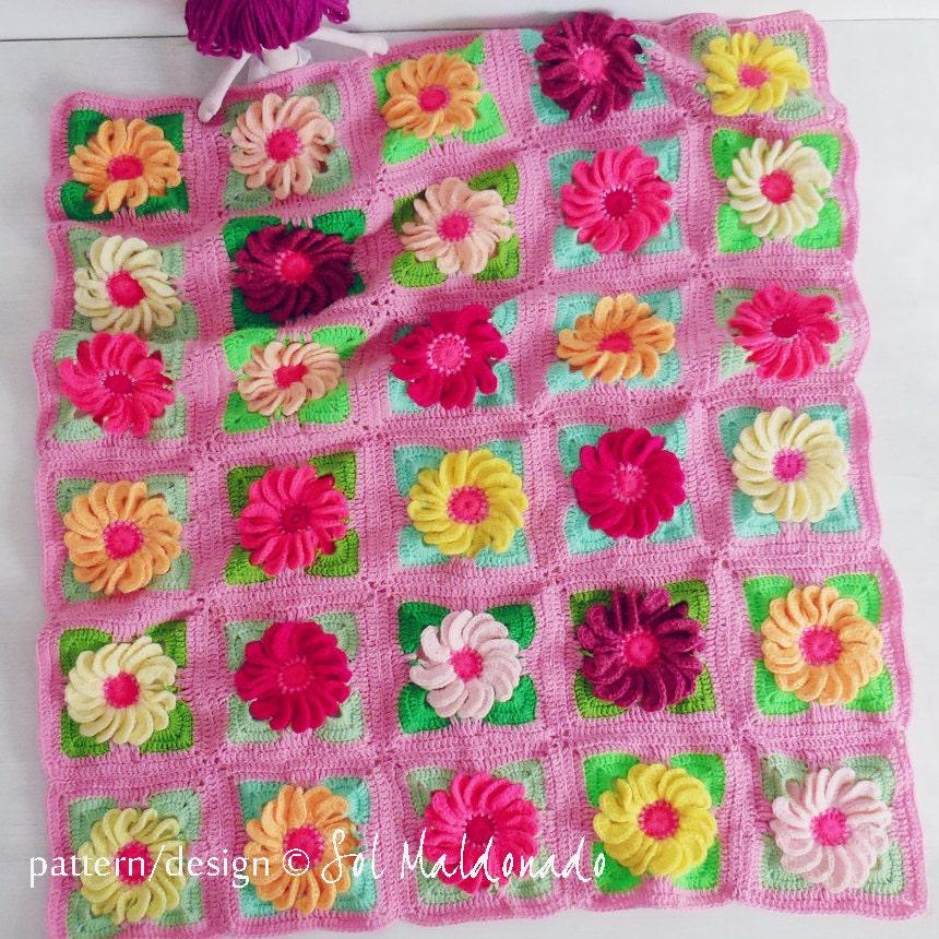 Crochet 3d Flower Baby Blanket Free Pattern : Crochet Blanket Floral crochet pattern Gerbera 3D Flower