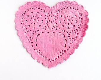 Lovely HEART Doily - Pink