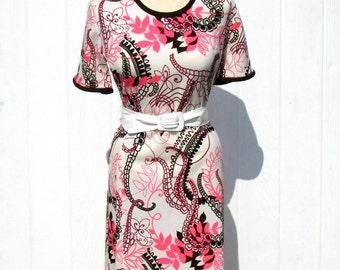 Vintage 60s Dress / 1960s Dress / Mod Dress / Floral Dress / Pink and Brown Dress / Berkshire / A line Skirt Dress