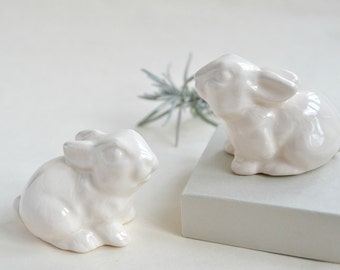 Wedding cake topper bunny rabbits - Wedding cake topper - white bunnies - pair of wedding date love Easter bunny rabbits