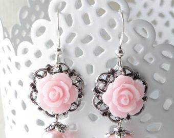 Pink rose earrings - bridesmaid earrings - shabby-chic - cabochon jewelry - vintage style earrings - victorian -pink wedding- pearl earrings