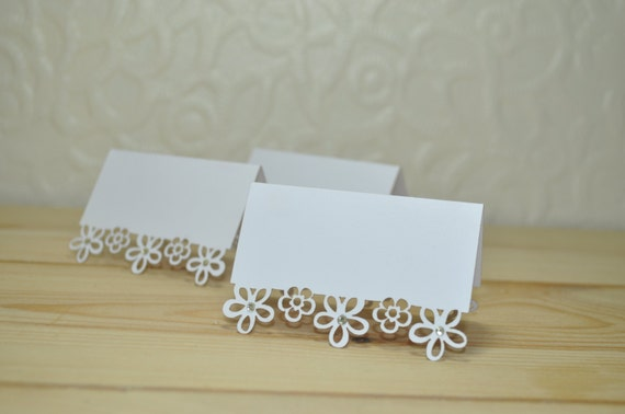 Flower Laser Cut Wedding Place Cards - Pack of 25