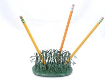 Vintage 1950's Green Hairpin Style Flower Frog - Blue Ribbon Flower Holder #5 - Office Desk Organization - Pen Pencil Holder