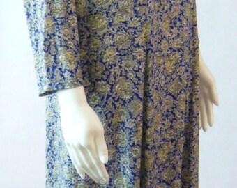 Pretty 1940's Crepe Dress