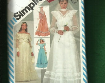 Vintage 1983 Simplicity  6361 Gunne Sax Romantic Prairie Chic  Wedding Dress Size 6