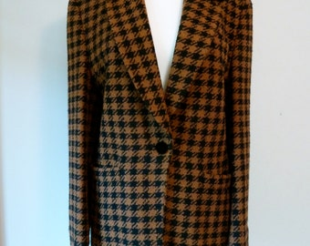 90's Laurel by Escada Blazer and Skirt Suit Houndstooth Boucle Jacket Set 36 38 M