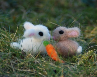 Tiny Needle Felted Baby Bunny, Your Choice of Color for 1 Baby Handmade, Easter Bunny, Felted Animals